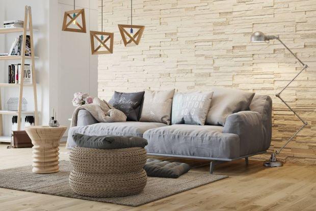 Ściana za kanapą: zobacz jak można ją wykończyć