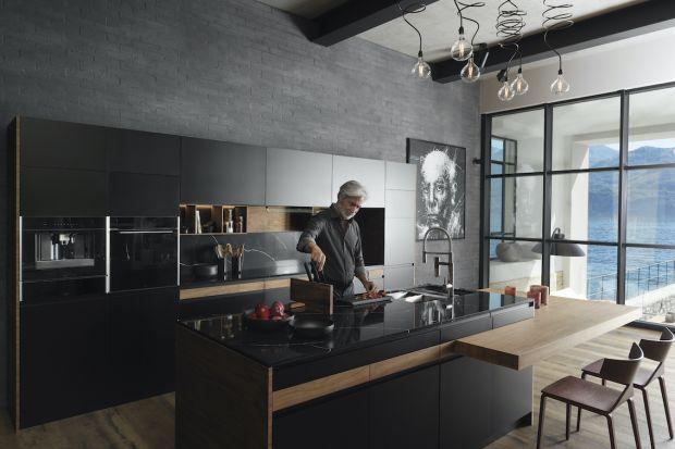 Salon z kuchnią: dobieramy piękne urządzenia AGD