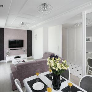 Małe mieszkanie - pomysły na kawalerkę. Projekt Katarzyna Mikulska-Sękalska. Fot. Bartosz Jarosz