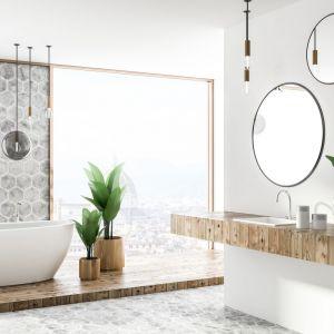Nowoczesny design wanny Cleo łączy estetykę i funkcjonalność; z akrylu. Fot. Rea