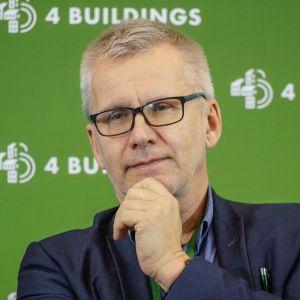 """Szymon Wojciechowski. 4Buildings: sesja inauguracyjna """"Zero Waste w budownictwie. Fot. PTPW"""
