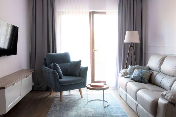 Wygodne wnętrze: zobacz nieduże, stylowe mieszkanie