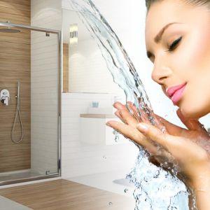 Szkło z modyfikacją Glass Protect sprawia, że osad z kamienia nie osadza się tak szybko na ścianach kabiny prysznicowej. Fot. Sanplast