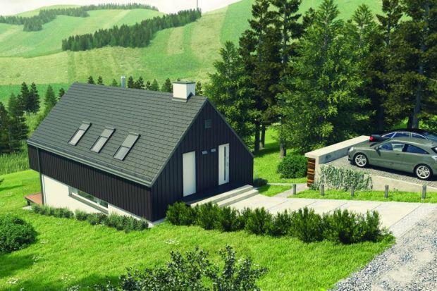 Dom wpisany w naturę. Propozycja dla 4-osobowej rodziny