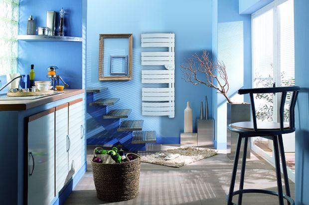 Ze względu na szczególny charakter łazienki, jako pomieszczenia o podwyższonym poziomie wilgotności, należy dobrać do niej odpowiedni rodzaj grzejnika. Inny niż do salonu czy sypialni. Wilgotne środowisko i woda tworzą trudniejsze warunki pracy.