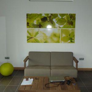 Wnętrze domu można urządzić w bardzo nowoczesny sposób. Projekt: arch. Laure Levanneur, agence ARCHIfact, Fot. Thierry Mercier