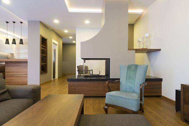 Zarówno temperatura, jak i jakość powietrza w olbrzymim stopniu wpływają na komfort użytkowania domu. Innowacyjne technologie, tak chętnie wykorzystywane w nowoczesnym budownictwie jednorodzinnym, umożliwiają pełną kontrolę nad tymi parametram