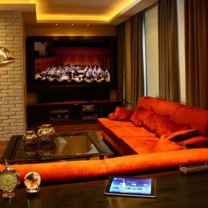 Odtwarzanie dźwięku wysokiej jakości w domowych systemach multiroom wymaga zainstalowania odpowiedniego nagłośnienia oraz komfortowych aplikacji do sterowania systemem. Fot. Art Cinema, 3Logic
