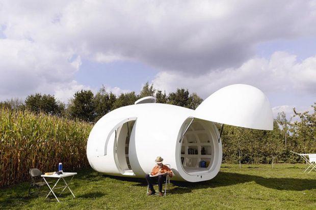 Domy jaja, czyli muzeum pisanek, oko cyklonu i ekologiczny manifest
