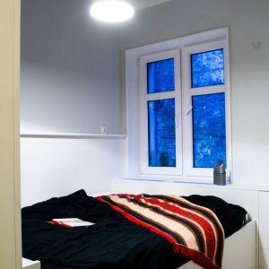 Udało się też wygospodarować miejsce na niewielka sypialnie.