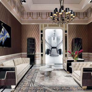 Charakterystyczny dla glamour jest eklektyzm będący fuzją bogatej ornamentyki z oszczędną formą. Fot. Galeria Heban