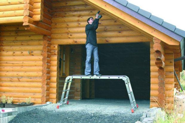 Przegląd dachu to coroczny obowiązek. Bez względu na to jak sroga czy łagodna była zima. Konsekwencje nieszczelnego lub uszkodzonego dachu mogą być wręcz dramatyczne. Podpowiadamy z jakich urządzeń korzystać, by przegląd przebiegał sprawnie i