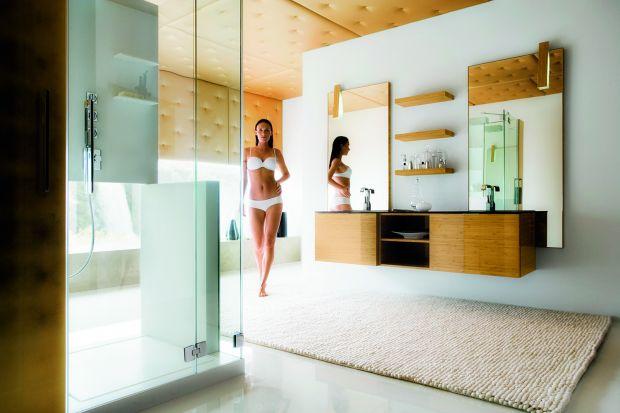 Przedstawiamy 14 aranżacji jednych z najbardziej ekskluzywnych łazienek. Zastosowane w nich umywalki, toalety myjące i wanny oraz meble łazienkowe to produkty z górnej półki. Często wykonywane są na indywidualne zamówienie. O takich łazienkach