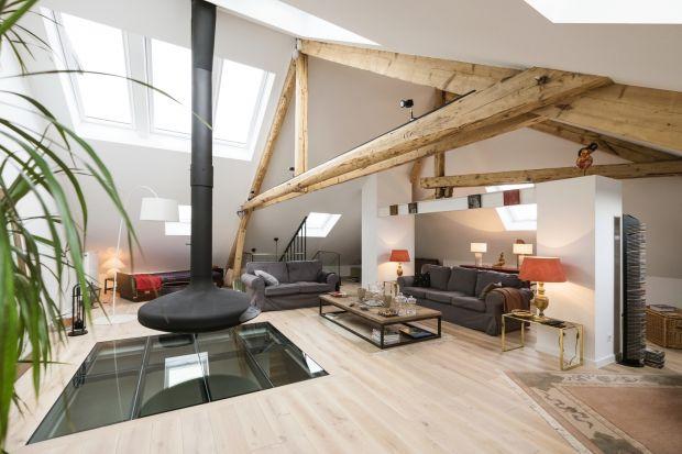 Transformacja wnętrz tego luksemburskiego dworku z 1920 roku przeszła najśmielsze oczekiwania zarówno samego architekta wnętrz Erica Pigata, jak i samego właściciela. Efekt jest tym widoczniejszy, gdyż przed rozpoczęciem prac pomieszczenia z drug