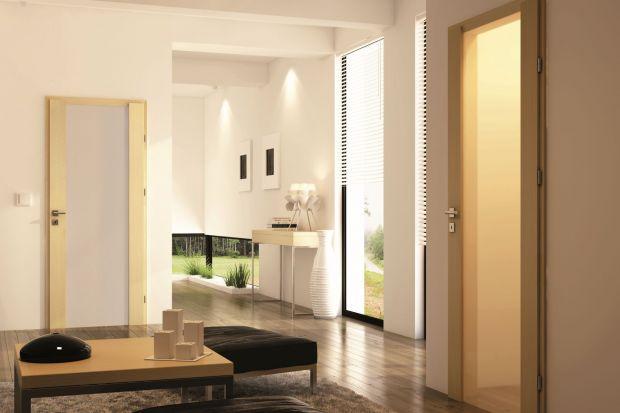 Drzwi wewnętrzne, oprócz swojej podstawowej funkcji praktycznej, mogą również stanowić świetne uzupełnienie stylu, w którym zaaranżowano wnętrze. Lekkie, szklane drzwi na pewno sprawdzą się w nowoczesnych stylizacjach. Oto kilka przykładów.