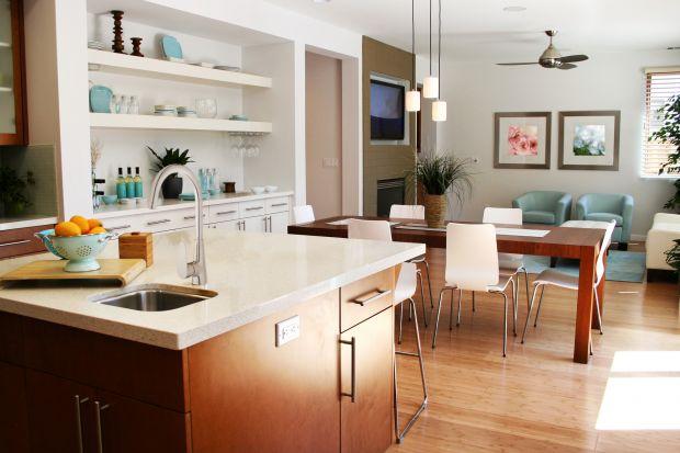 Nowocześnie urządzona kuchnia to miejsce zachwycające precyzyjnym połączeniem elegancji i funkcjonalności. Taki efekt końcowy można osiągnąć tylko wtedy, gdy żaden z elementów wyposażenia nie jest wybrany przypadkowo. Dla wszystkich tych, kt
