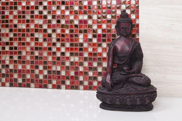 Mozaika ceramiczna w rubinowym odcieniu