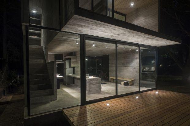 Nadoceaniczny dom letni w całości z betonu 75 mkw