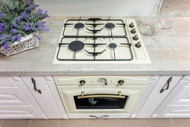 Funkcjonalny pierkarnik w stylu retro ozdobi twoją kuchnię