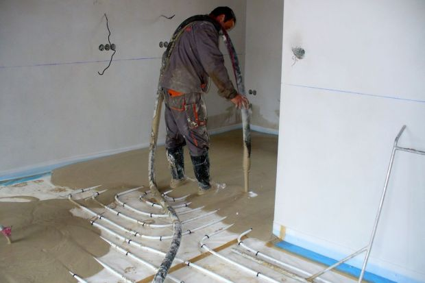 Jak dobrać podkład do pracy z ogrzewaniem podłogowym