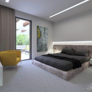 Z sypialni można wyjść bezpośrednio na taras. Fot. HomeKONCEPT