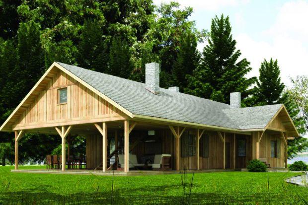 Drewniany dom zaprojektowany pomysłowo i nowocześnie. Ogromna weranda będąca przedłużeniem strefy dziennej i możliwość zaadaptowania poddasza w późniejszym etapie budowy, to największe atuty tego projektu.