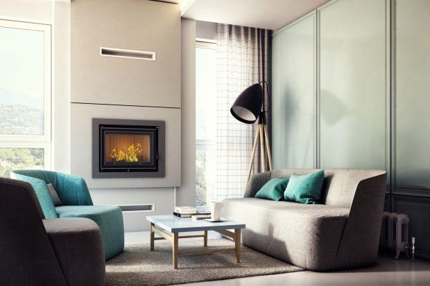 Wybudowanie doskonale izolowanego domu, który w ogóle nie potrzebuje aktywnego źródła ciepła jest możliwe, ale to zabieg zdecydowanie nieekonomiczny. W domach energooszczędnych warto zainstalować kominek – tanie i ekologiczne ogrzewanie. Musi o