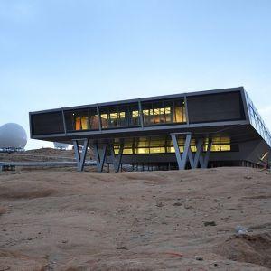 Ten dom powstał ze 134 kontenerów. Zaprojektowała go firma Bof Architekten. Fot. © NCAOR/IMS/Bof Architekten