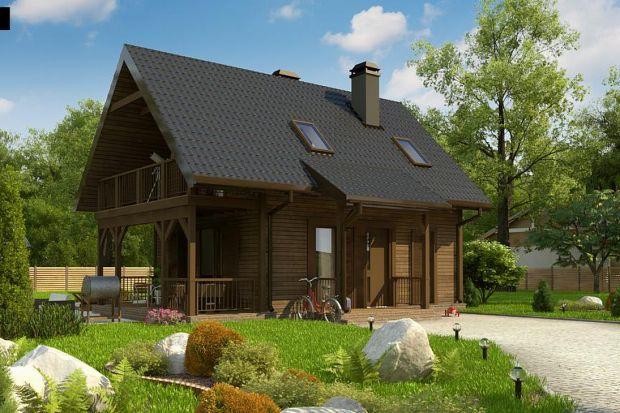 Ten mały dom o powierzchni użytkowej 67 mkw zadowoli nawet najbardziej zagorzałych zwolenników tradycyjnego drewnianego budownictwa. Oczywiście, może spełnić rolę letniskowego, jak i całorocznego domu. Jednak jego największą zaletą jest wyją