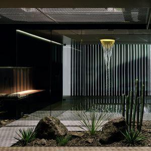 LifeSpa pokazuje rozmaite możliwości wykorzystania prozdrowotnych zastosowań wody w łazience lub spa. W otwartej formie architektonicznej prezentowane są kolejno wybrane, dopasowane do siebie produkty i ich zastosowania. Fot. Dornbracht