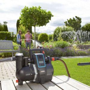 Gardena smart sensor stale będzie nas informował o tym, jakie rośliny potrzebują w danym momencie nawodnienia lub wyłączy system, gdy rośliny będą dostatecznie nawodnione. Fot. Gardena
