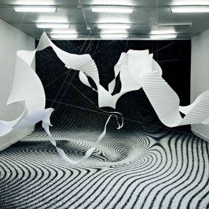 Dywany i wykładziny stają się we wnętrzach już nie tylko ozdobą i ochroną podłóg, ale mocno zaznaczają swoją obecność w przestrzeni, w znacznym stopniu wpływając na jej wygląd i charakter. Fot. Box Exhibition