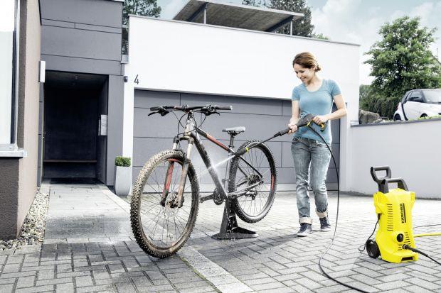 Nareszcie nadchodzi długo oczekiwana i upragniona wiosna. Wymarzony czas na rowerowe przejażdżki na łonie natury. Aby w pełni cieszyć się tym aktywnie spędzanym czasem musisz przygotować swój rower do sezonu. W jaki sposób można to zrobić? Ur