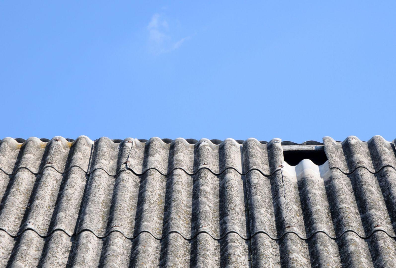 Azbest ma negatywny wpływ na zdrowie. Fot. AdobeStock