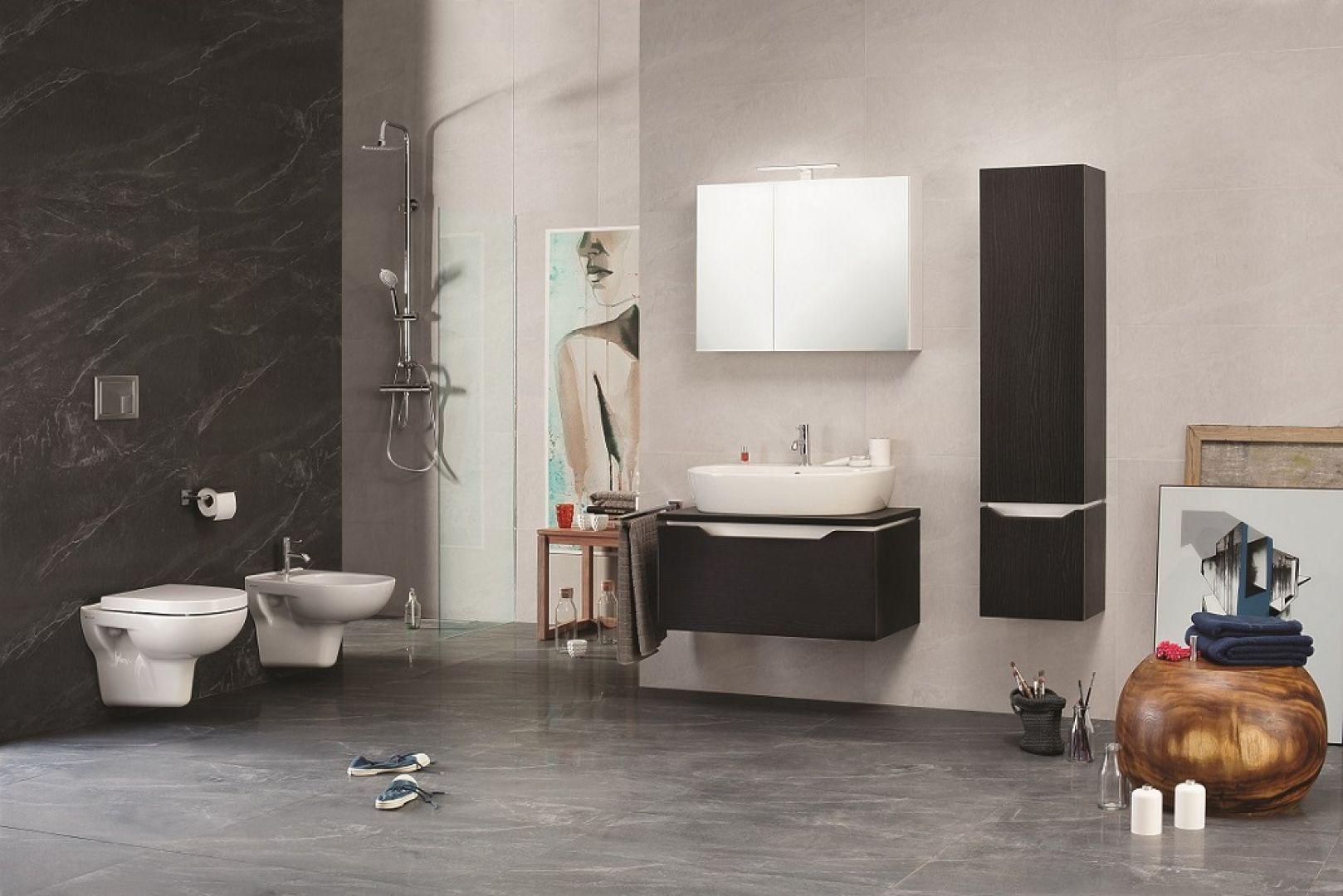 Wybierając wyposażenie do łazienki, poza estetycznymi względami, należy również zwrócić uwagę na jego praktyczne walory. Fot. Opoczno