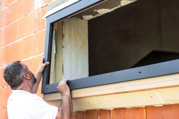 """""""Ciepły montaż"""" okien to podstawa"""