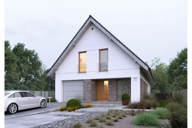 Dostępny 4A to projekt jednorodzinnego domu z poddaszem użytkowym. Świetnie sprawdzi się na wąskiej działce.