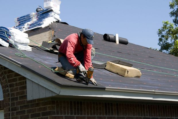 Przegląd i naprawa dachu skośnego