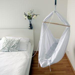 Morski styl pasuje do każdego pomieszczenia i odpowiada na potrzeby każdego domownika. Fot. Bonami.pl