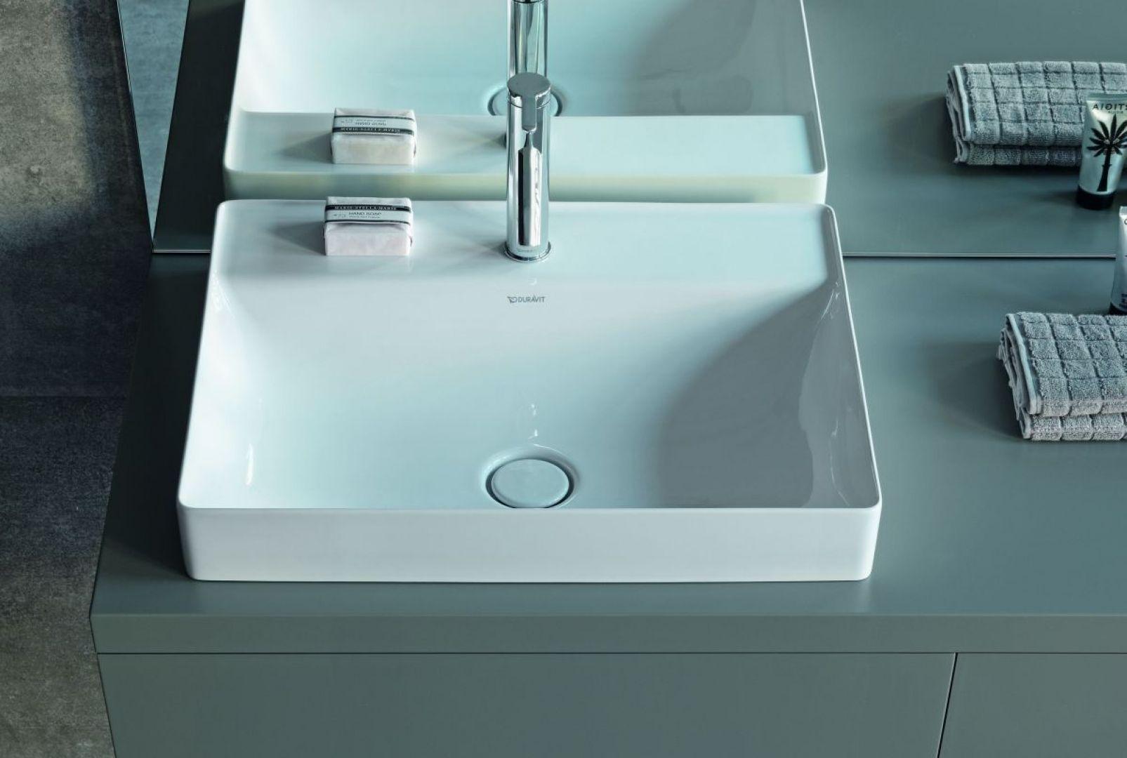 Ranty ścianek w umywalkach wynoszą zaledwie pięć milimetrów, jest to możliwe dzięki zastosowaniu innowacyjnego materiału DuraCeram. Fot. Duravit