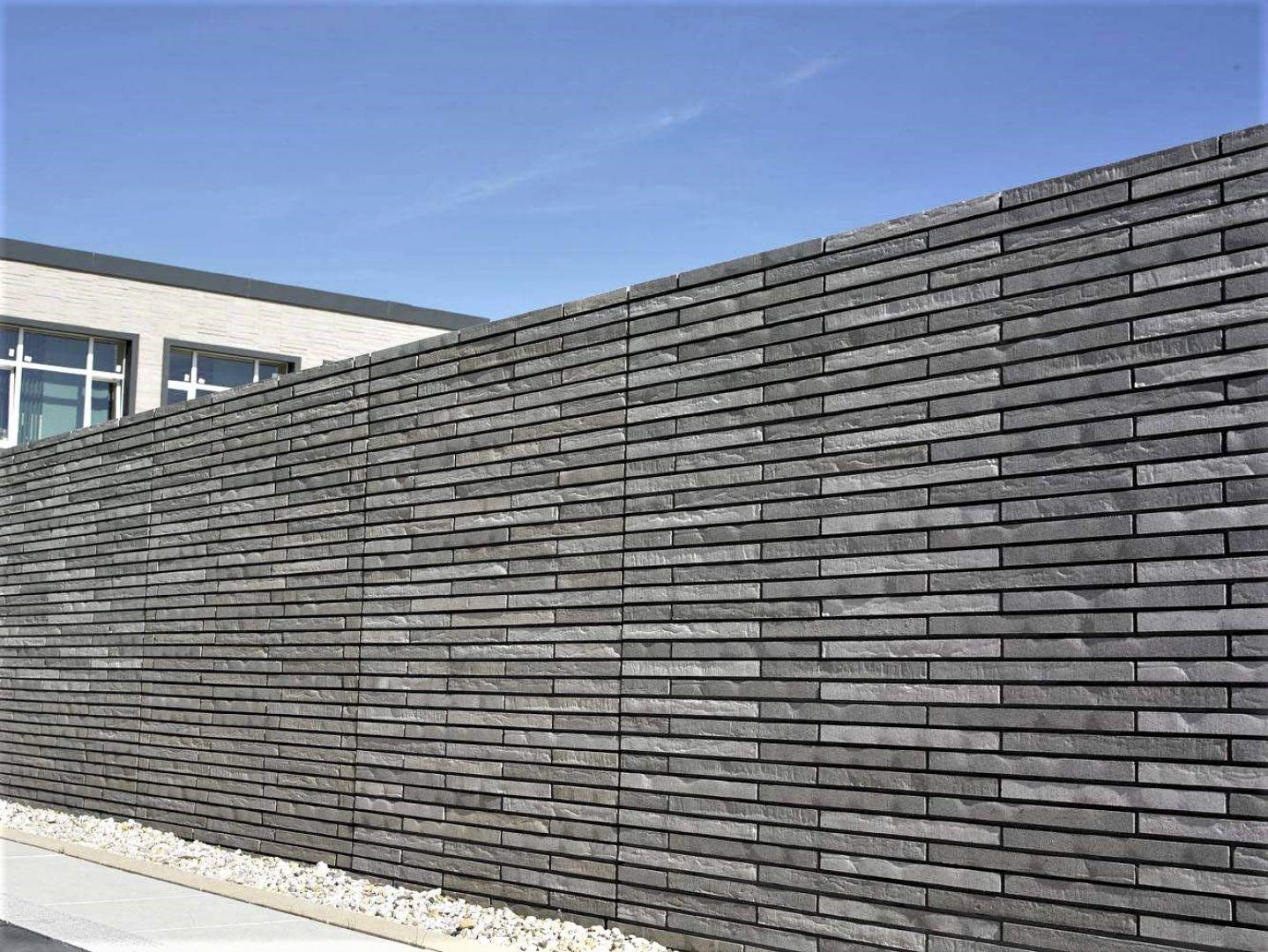 Largo to system cegieł o wydłużonym kształcie, powstał on z inspiracji cegłą klinkierową. Fot. Polbruk