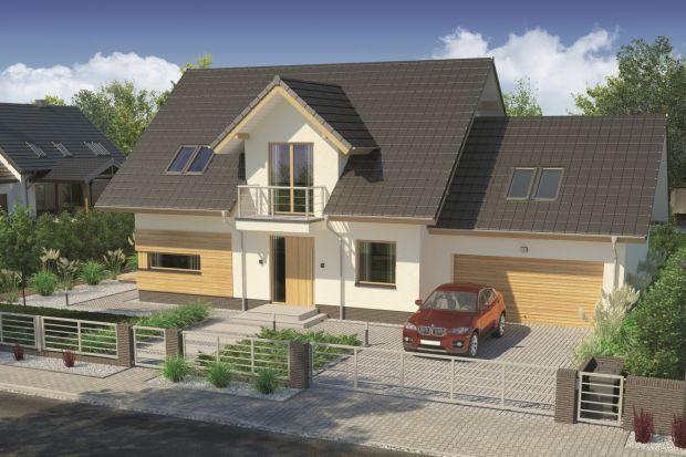 Prezentujemy projekt domu z poddaszem użytkowym, zaprojektowany dla 4-5-osobowej rodziny, o powierzchni 136,13 mkw. Projekt wyróżnia się przestronnym salonem i dwoma wyjściami na tarasy.