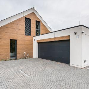 Jednym z istotniejszych elementów procesu certyfikacji były testy badające jakość wykonania kolejnych etapów. Dom między innymi został sprawdzony pod kątem szczelności powietrznej zewnętrznej powłoki budynku. Fot. Multicomfort, EcoReadyHouse