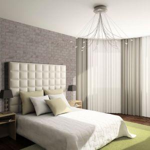W naszym salonie możemy nie tylko podkreślić charakter całego pomieszczenia, poprzez wyeksponowanie ścian, ale także wyróżniając pojedyncze elementy, takie jak filar, kolumnę czy kominek. Fot. Elastolith