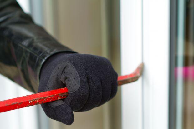 Jak skutecznie zabezpieczyć dom przed włamaniem