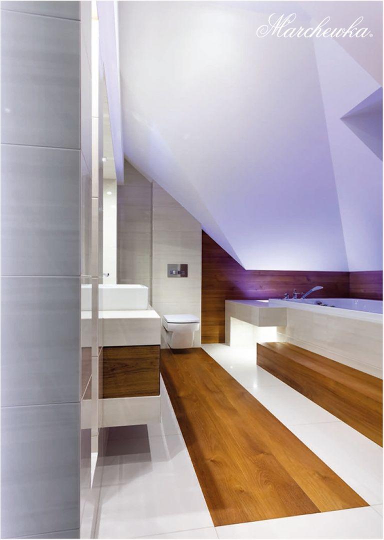 Drewno tekowe w łazience. Fot. Marchewka