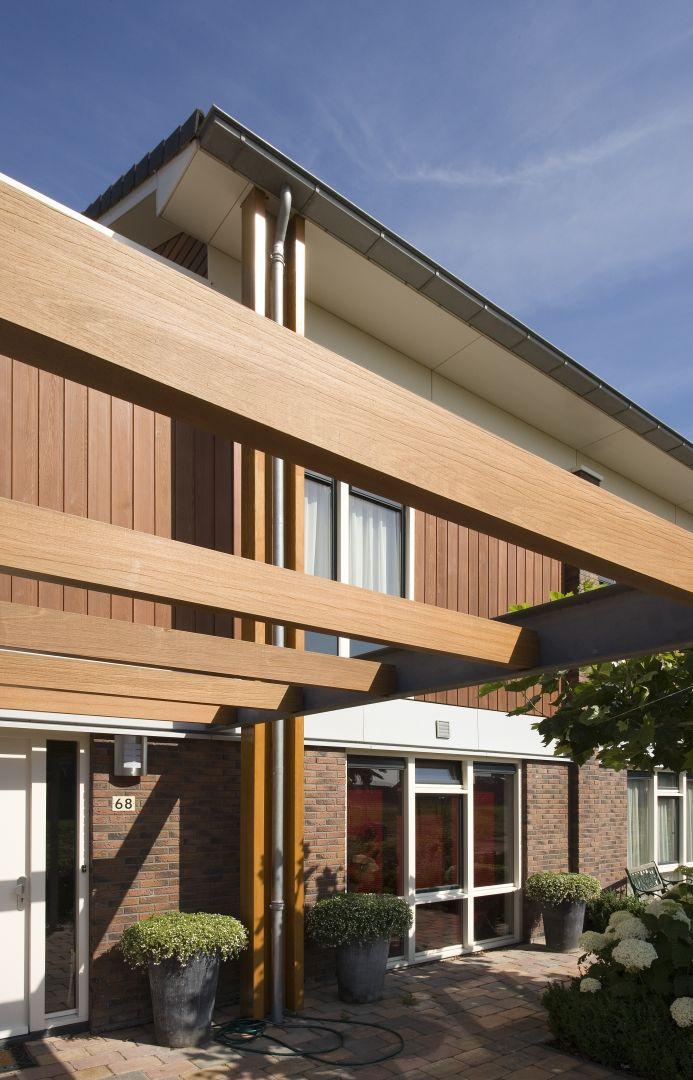 Sigmalife to gama 4 produktów marki Sigma Coatings przeznaczonych do dekoracji, renowacji i ochrony drewna. Od maja br. możemy korzystać z nowej karty i palety 65 kolorów, w tym 6 nowych, w modnych obecnie bielach i szarościach. Fot. Sigma Coatings