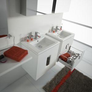 Umywalka stawiana na blacie jest rozwiązaniem dla osób, które lubią najpotrzebniejsze rzeczy mieć zawsze pod ręką, bez konieczności szukania ich w czeluści szuflad. Fot. Koło