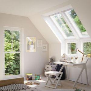 Po remoncie. Okna dachowe wpuszczają dwa razy więcej światła niż pionowe. Fot. Velux