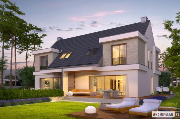 Oliwier z wiatą (bliźniak) to propozycja dla dwóch rodzin, które chcą się podzielić kosztami zakupu działki i budowy domu. Projekt wpisuje się w aktualne trendy – jest nowoczesny, energooszczędny i bardzo funkcjonalny w codziennym użytkowaniu
